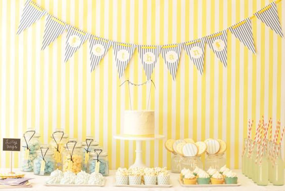 Blue and yellow party