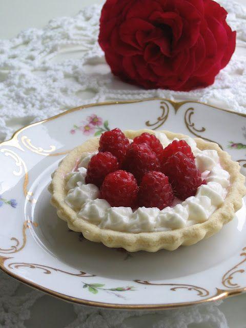 Raspberry & Mascarpone Tart