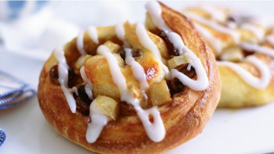 Apple and cinnamon spiced Danish pastries