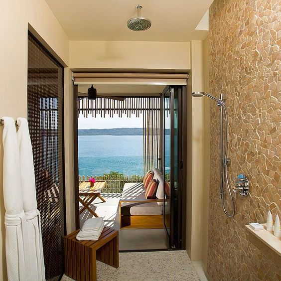 Shower with a view??? yes, is Real!! #rainshower #andazpapagayo