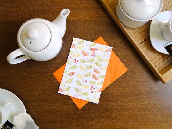 Cartão e envelope Folhas, do Atelier Joliz