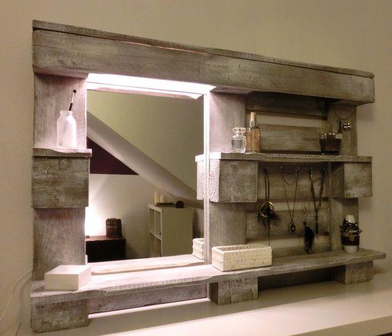 Stylingwandregal mit Spiegel und Beleuchtung von Paletino auf DaWanda.com