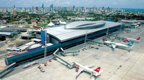 Aeronauta: Com hub da Latam na pauta, Humberto Costa é recebido por Dilma no Palácio do Planalto