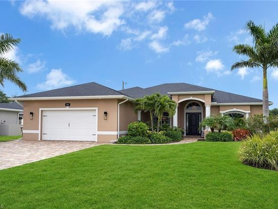 1625 Sw 30th Ter Cape Coral Fl 33914 Mls 218044834 Zillow Florida Home House Styles