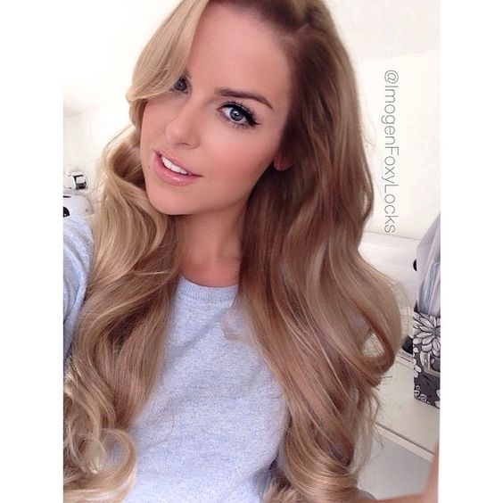 "SnapWidget | New hair  Natural balayage lowlights down the roots & mid lengths then middle to ends blonde  I really love it  Thank you to my hair genius @jasminecookehairstylist  I'm still using Foxy Locks 20"" Extensions in Latte Blonde - the ends are still a perfect match  #foxylocks #balayage #ombre"
