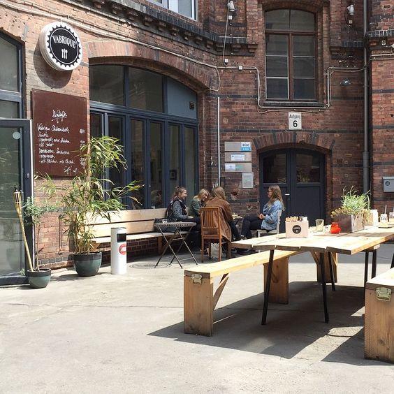 ♥ 86 — Super nice lunch location Vabrique #kreuzberg #restaurant Ritterhof #berlin #vabrique Kantine für Kultur und Kreativszene rund um den Moritzplatz