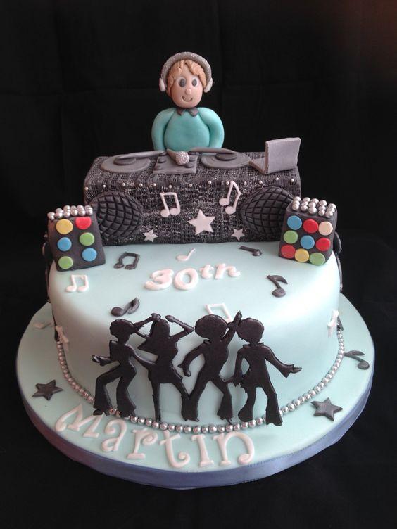 dj cake torte uomo pinterest cakes and dj cake. Black Bedroom Furniture Sets. Home Design Ideas