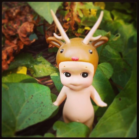 """""""#sonnyangel #deer #fall #fairytale #ivy"""""""