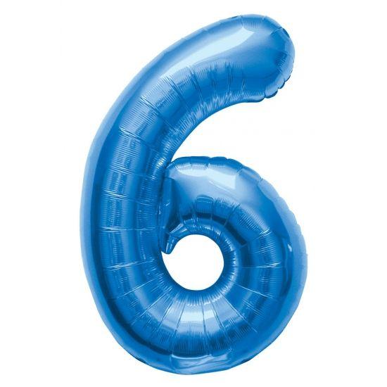 Cijfer 6 ballon blauw. Een blauwkleurige folie ballon in de vorm van de cijfer 6 om zelf op te blazen. De ballon is opgeblazen ongeveer 86 cm groot. U kunt de ballon heel gemakkelijk met een ballonpomp opblazen. U kunt de ballon ook zelf vullen met helium welke bij ons in tankjes verkrijgbaar zijn. De ballon wordt dus zonder helium geleverd.