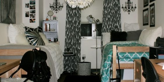 Check out this dorm room on the campus of George Washington University! love the black/white/turquoise combination!