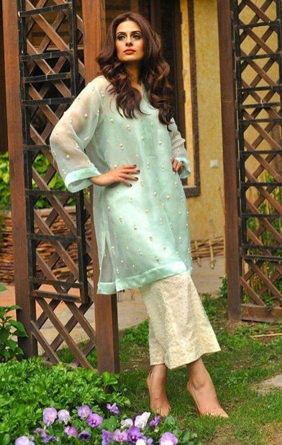Pakistani ensemble by Farida Hasan.