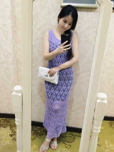 Голубое платье для девочки с узором ананас