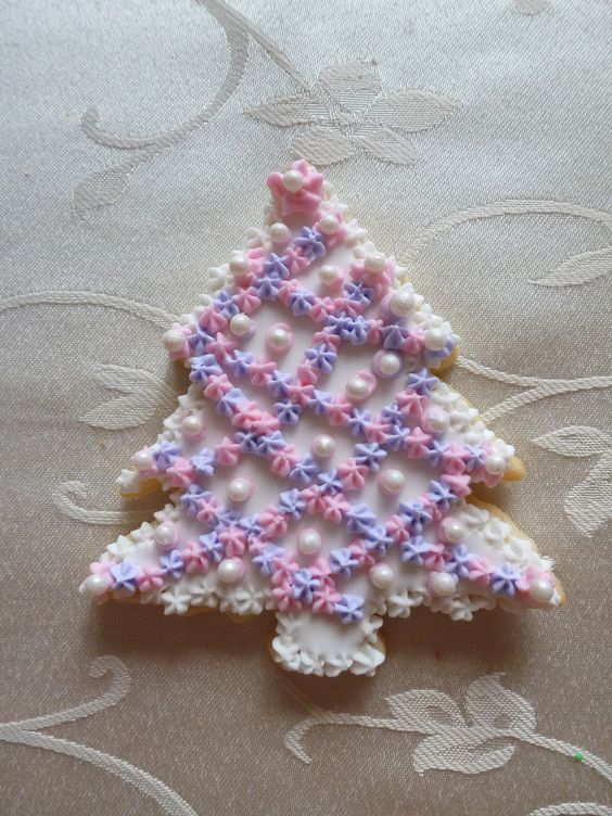 "4"" Christmas tree sugar cookie"