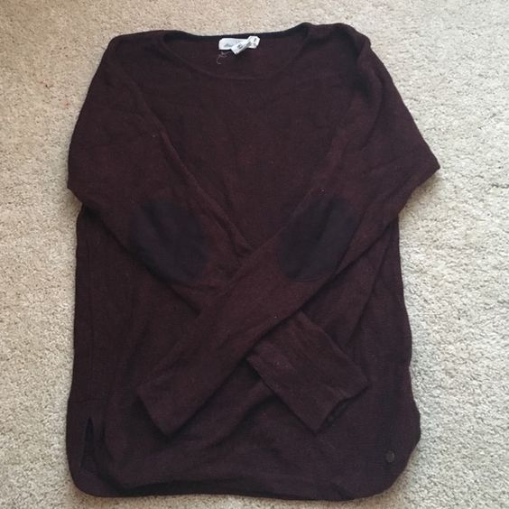Elbow Patch Sweater Beautiful maroon sweater with suede elbow patches! Only worn once. Also has cute 3in slit on both sides! Will consider lower offers. H&M Sweaters Crew & Scoop Necks