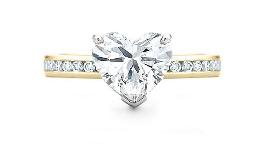 Beautiful engagement ring <3 xxx