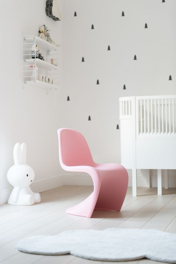 Verner-panton-kids-chair-pink-01: