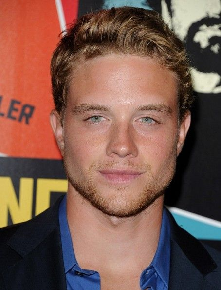 "Jonny Weston Photo - ""Chasing Mavericks"" Premiere"