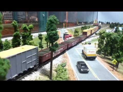 N Scale Train: Wood Goods