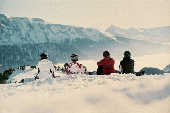 Find and check out your favorite ski and snowboard stores this spring - you might save a lot! Where: http://skiandsnowboardmonth.org/shop-snow-gear