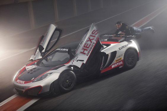 Hexis Racing - McLaren MP4 12C GT3