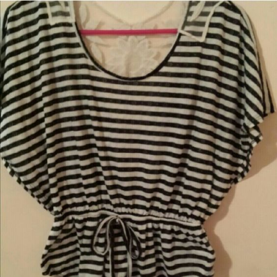 Blouse Black and white striped blouse with lace on the back.  Ties in front. Flowy sleeves. Make me offers or bundle (: happy poshing ladies!!?? Tops Blouses