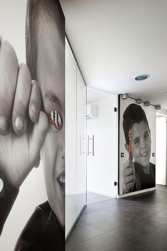 Cl nica dental de susanna cots estudi de disseny for Interiores minimalistas