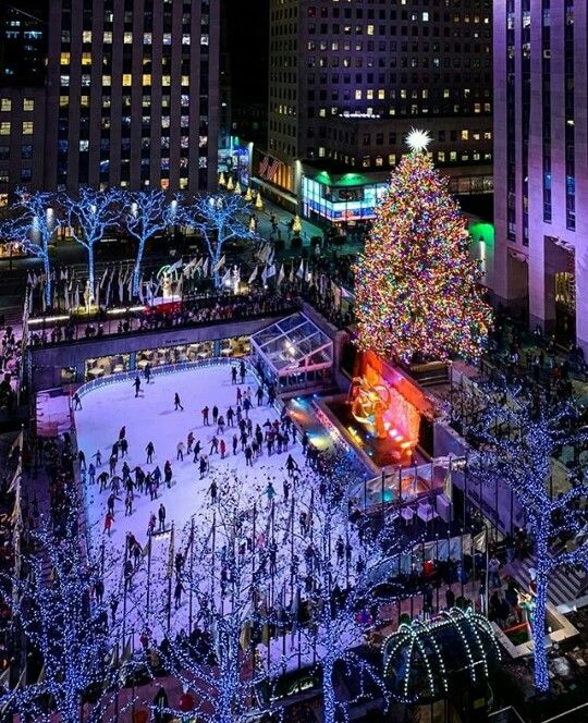 Christmas Ny 2019.Rockefeller Center New York City Diciembre 2018 New York
