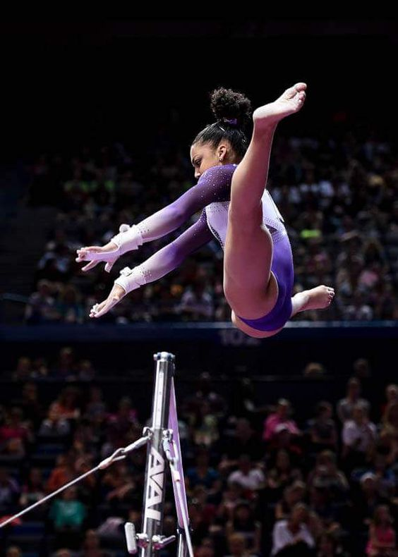 2016 US Classic: Laurie Hernandez