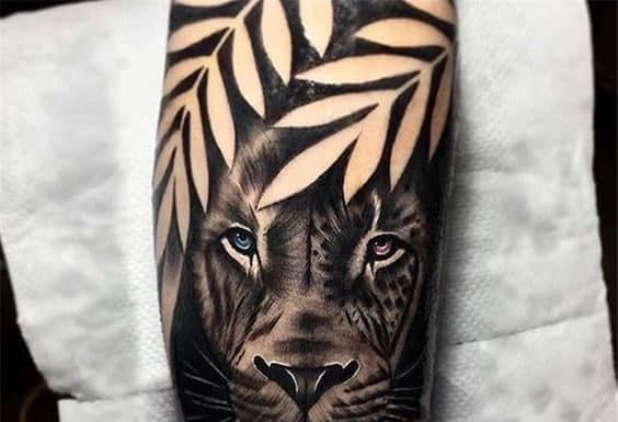 30 Black And White Animal Tattoos And Designs For Animal Lovers In 2020 Animal Tattoos Animal Lover Tattoo Cute Animal Tattoos