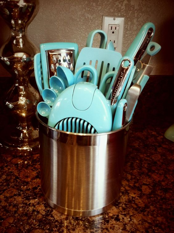 Kitchen Aid aqua utensils. I want all of these in red.