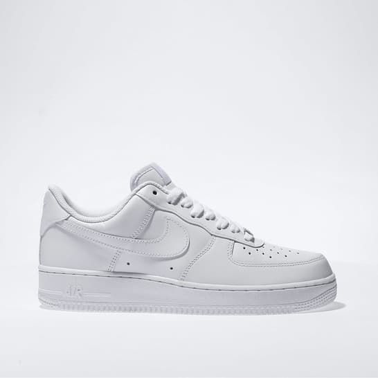 mens white nike air force 1 07 trainers