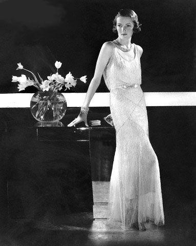 Edward Steichen, Model wearing beaded gown by Molyneux, 1931. Image via Pinterest.