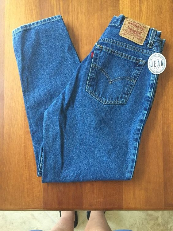 Levi's Womens Sz 14 Misses Short (31x29) 550 Relaxed Fit Tapered Leg USA VGUC 2A…