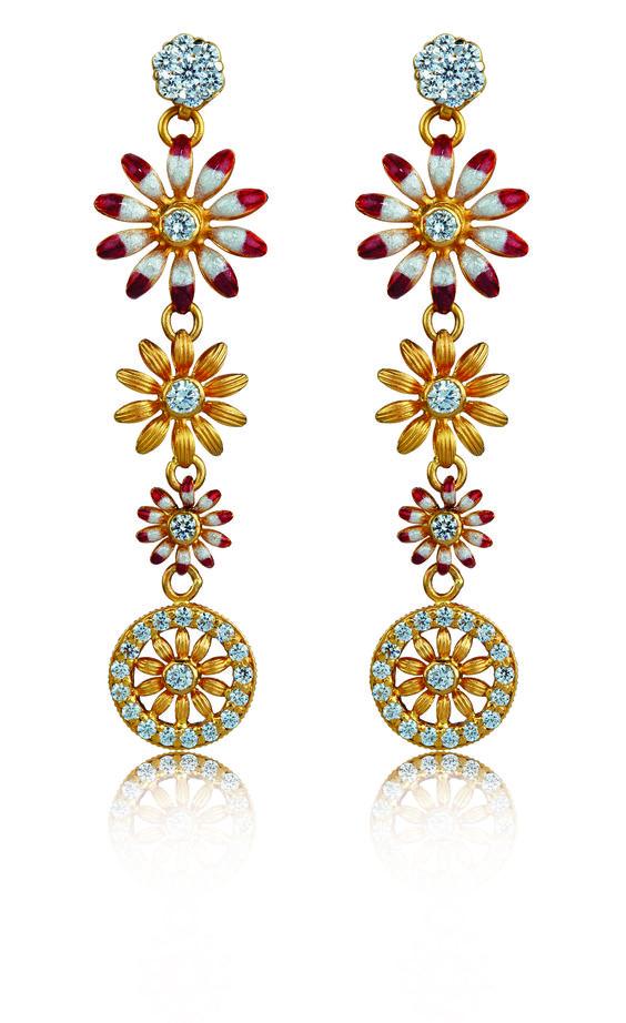 #long #gold #earrings #liali #jewellery #dubai