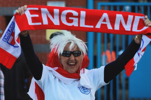8 Things You'll Understand If You're A Girl Who Likes Football
