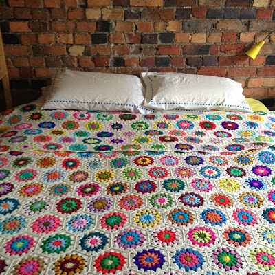 2001.- Decoración: Mantas, Afghan, Blanket de crochet