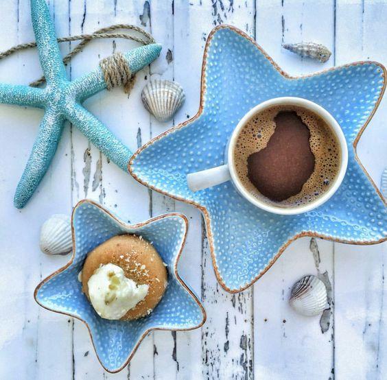 #café coquillages et crustacés pour mettre de la douceur des souvenirs d'été dans votre matinée:)