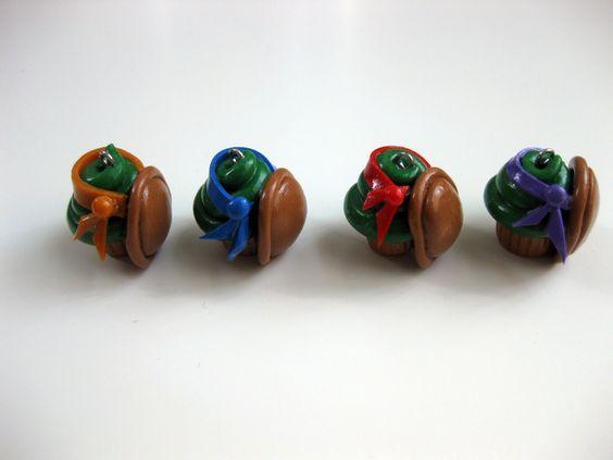 Ninja Turtles Cupcake Pendant Set.