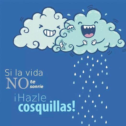 ¡Sonríe ya es jueves! Si el día se pone lluvioso recuerda que mañana ya es fin de semana :)