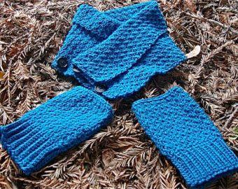 Teal Neck Warmer Fingerless Glove Set $37