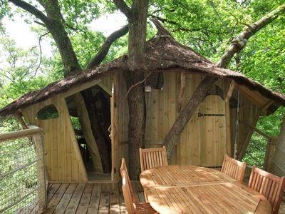 cabanes en l 39 air vacances en sologne cabanes dans les arbres magiques ou fantastiques. Black Bedroom Furniture Sets. Home Design Ideas