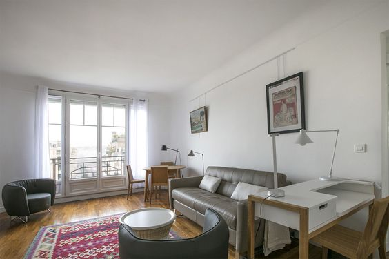 Location appartement meublé Rue de Varize, Paris Ref 13234 salon