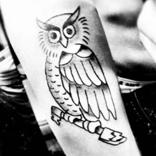The Miracle Of Justin Bieber Owl Tattoo Artist Justin Bieber Owl Tattoo Artist Owl Tattoo Owl Tattoo Meaning Tattoos With Meaning