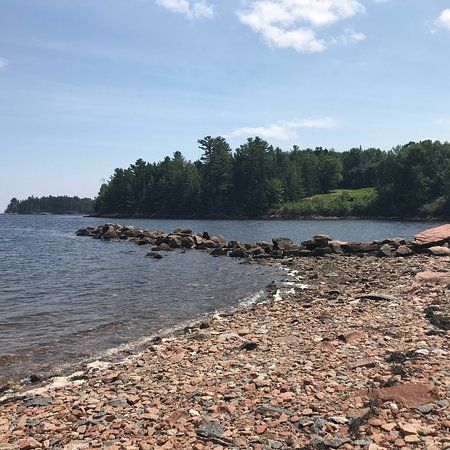 Saint Croix Island International Historic Site Small Park Walk To Waterfront To See Geological Marker Bronze Statues Te St Croix Island Historical Sites Island