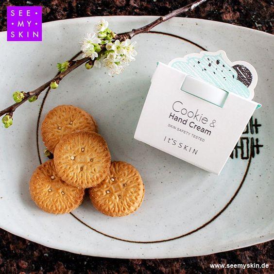 Entdecke die *Cookie & Hand Cream (Mint)* von IT'S SKIN, die herrlich nach ofenfrischen Cookies mit einem Hauch von Minze duftet: https://www.seemyskin.de/hand/handcreme/74/it-s-skin-cookie-und-hand-cream-mint #seemyskin #itsskin #itsskindeutschland #handcreme #handpflege #kbeauty #neu #koreanischekosmetik #asiatischekosmetik #koreanischehandcreme #kbeautyblogger #beautytrends #beautytipps #koreanbeauty #beautyblogger #koreancosmetics #germanblogger #asiancosmetics #handcream