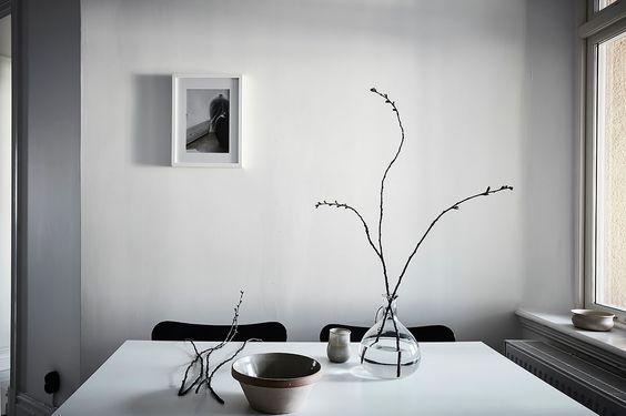 dining spot styled by Team Sarah Widman, via http://www.scandinavianlovesong.com/