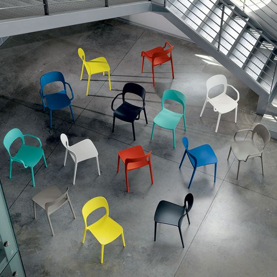 Gipsy Chair by Bontempi Casa - Multi colour http://www.nuastyle.com/outdoor-chairs/713-gipsy-chair-by-bontempi-casa.html
