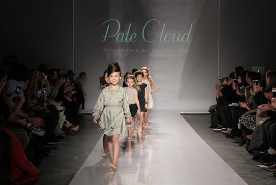 circus mag: Pale Cloud  petit PARADE & VOGUE bambini Fashion Show in New York, March 2013