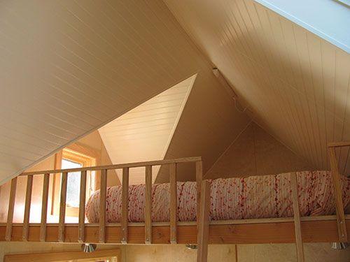 Oak railing on a open loft | Sleeping Loft | Pinterest ...