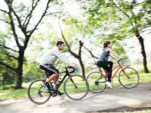 ロードサイクリングのヒント。サイクリングの健康効果。